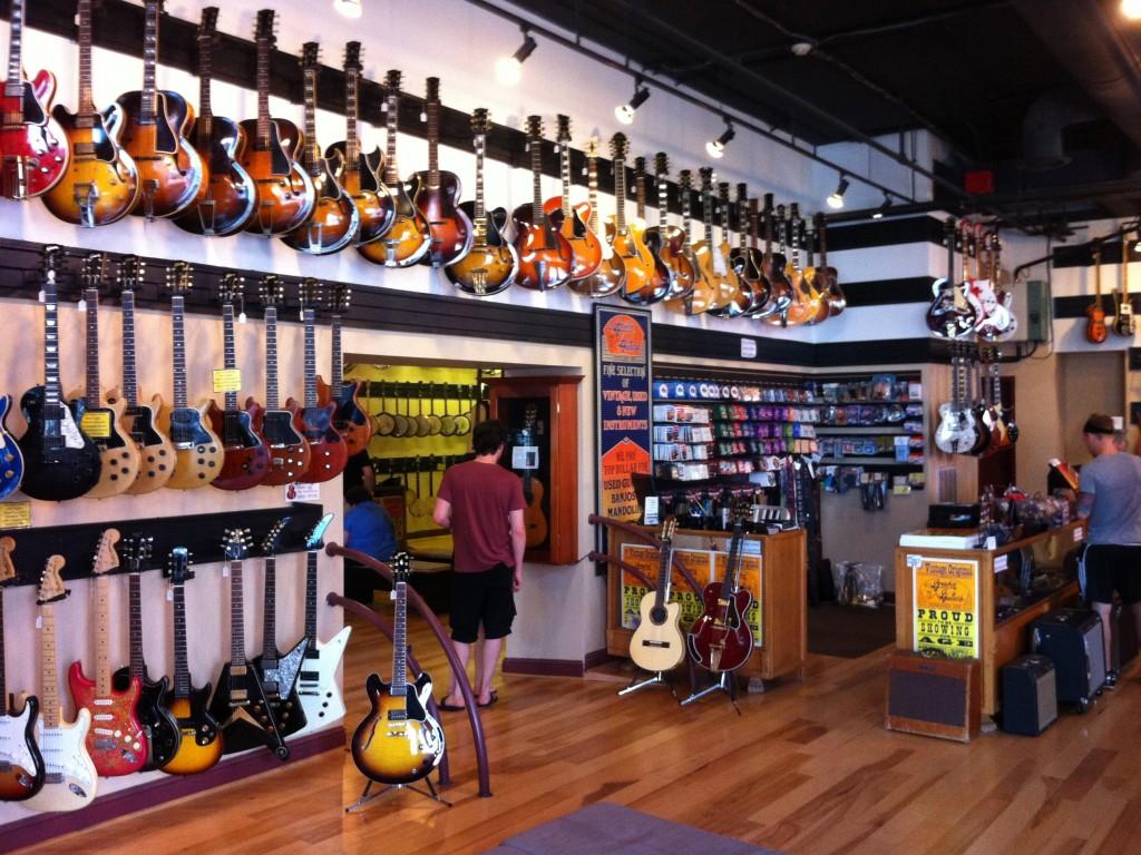 Deretan Toko Alat Musik di Jakarta