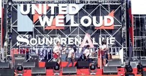 Panggung United We Loud Menghentak dengan Kolaborasi yang dibawa Yulio Abdul Syafik, Pemenang Go Ahead Challenge 2016, Bersama bandnya Piston dan Rey KPR (1)