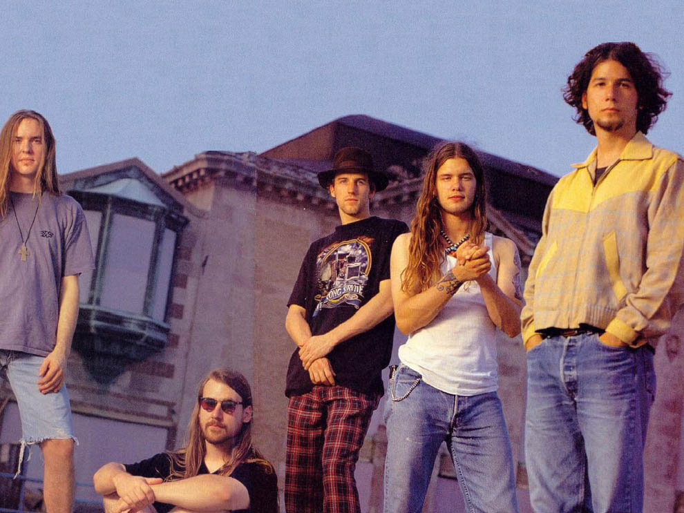 [Kilas Balik] Vokalis Blind Melon Rusuh di AMA 1994