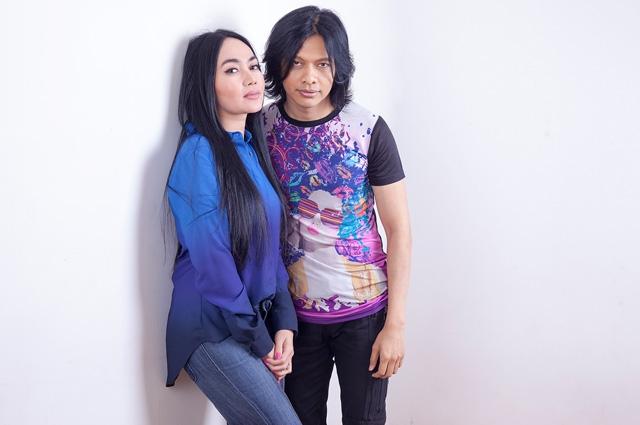 Perjalanan Cinta Armand Maulana & Dewi Gita