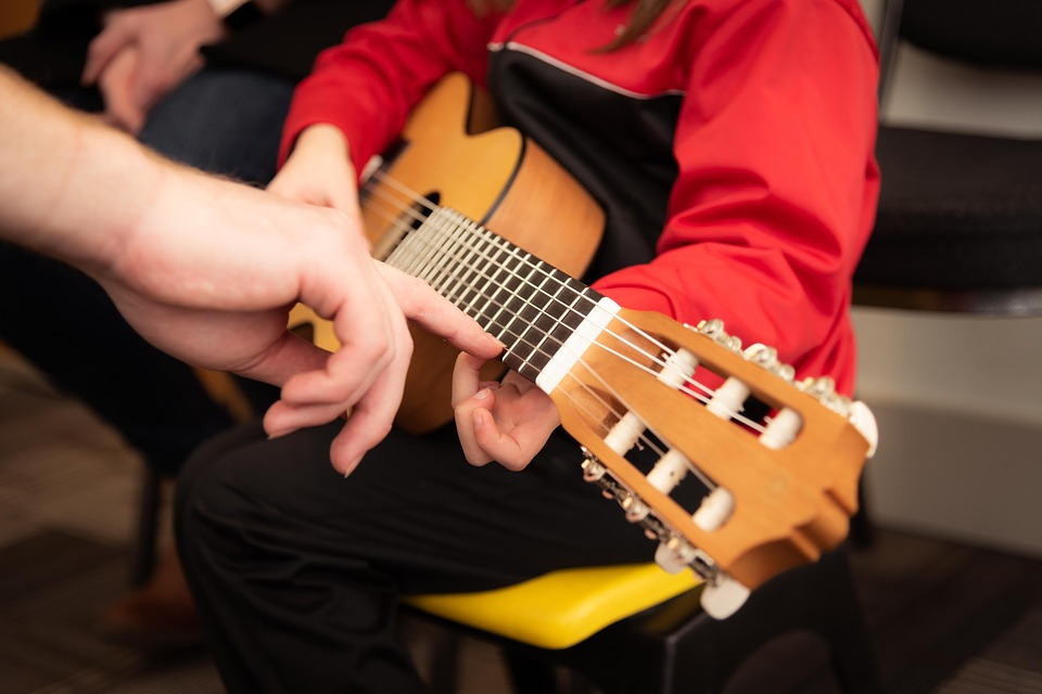 Teknologi Hapus Pelajaran Musik di Sekolah