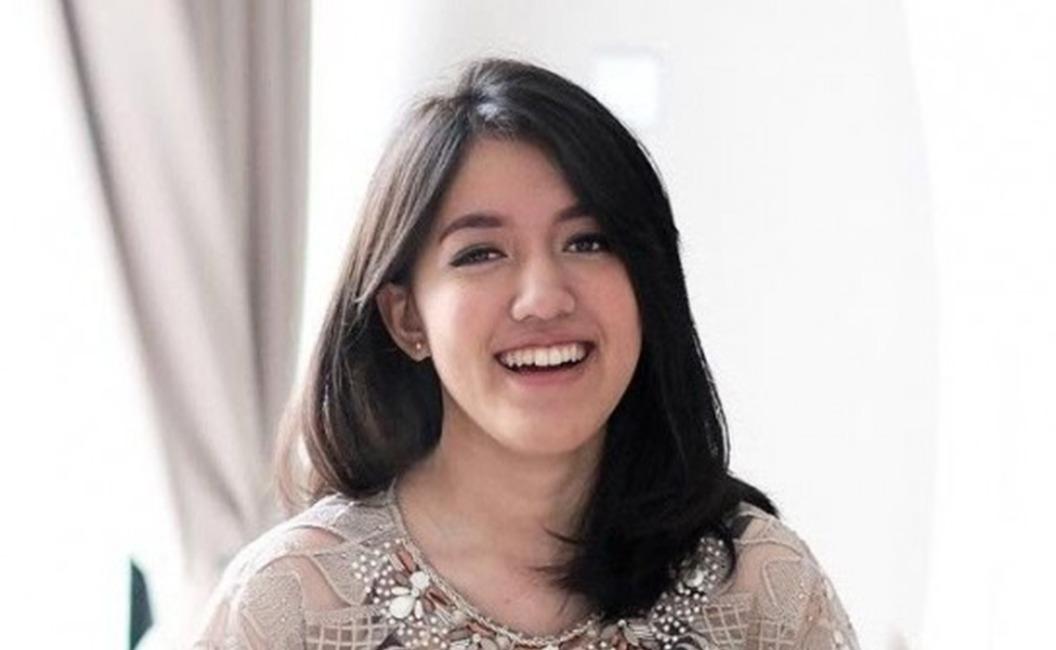 """Tumpahkan Kerinduan untuk Sang Ayah, Ify Alyssa Rilis Single Terbaru, """"What About Us?"""""""